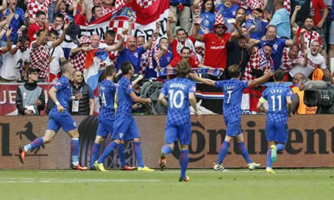 EURO 2016 đang chờ đợi một Hy Lạp mới xuất hiện